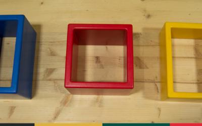 Tres caixes encaixables